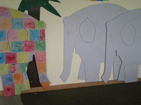 elmar der karierte elefant. Black Bedroom Furniture Sets. Home Design Ideas